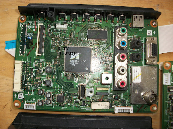 SPAREPART LCD TOSHIBA 24PB1E MAINBOARD