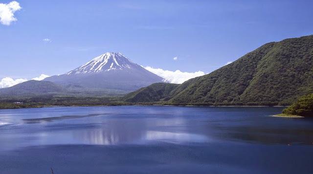 One of Fuji's five lakes