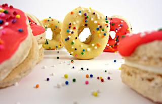 Macarons Donuts