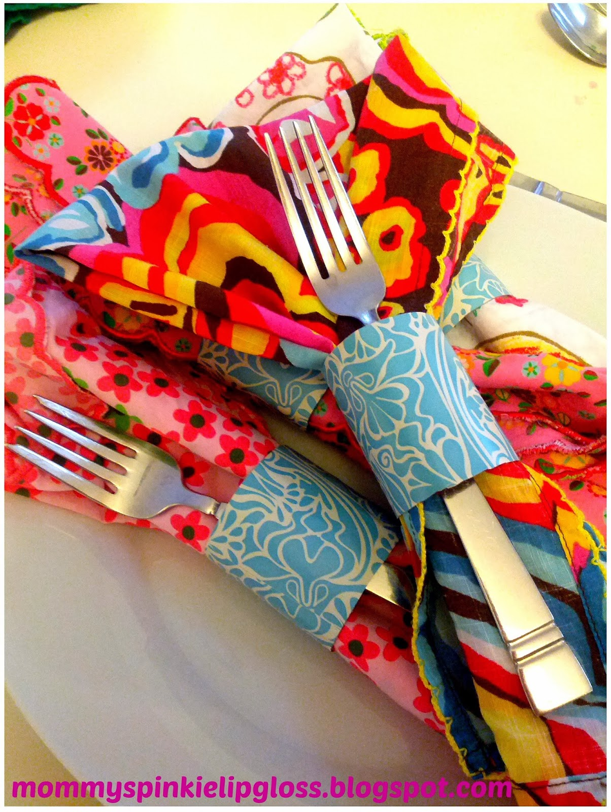 Napkin rings diy, recycled crafts, toilet paper roll craft