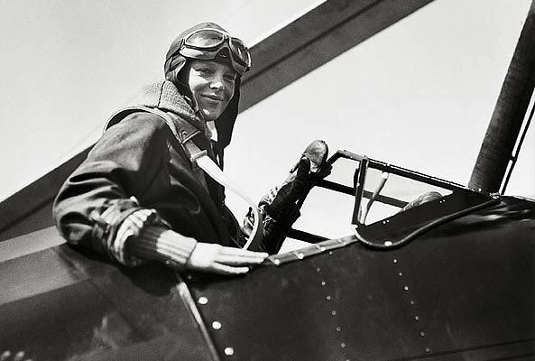 Amelia Earhart aviatrice