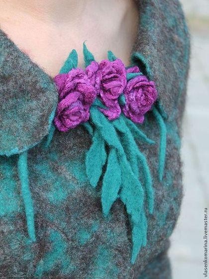 Marina-Vlasenko-kece-moda-giyim-el-yapimi-yaka-cicegi