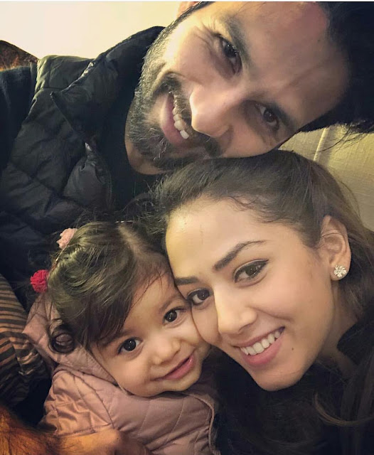 Shahid Kapoor Just Confirmed Mira Rajput's Second Pregnancy With This Adorable Pic Of 'Big Sister' Misha