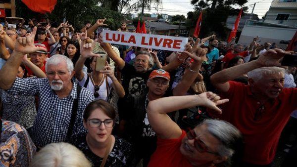 Miles de brasileños marchan contra nueva condena a Lula
