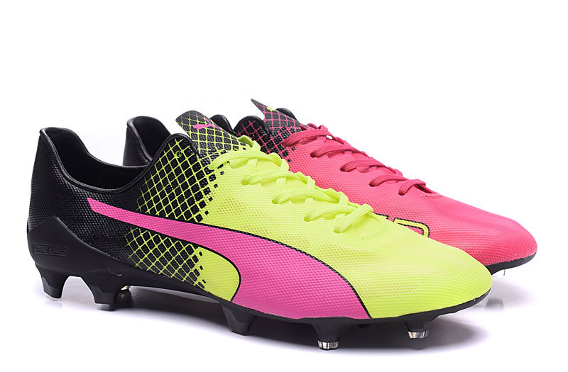 01cd91039 The new Puma evoSPEED SL II cleats introduce one of the boldest football  boot designs ever to guarantee maximum on-pitch visibility.