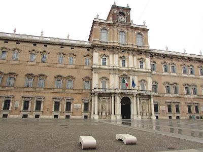 Palazzo Ducale; Palacio Ducal; Palacio; Palace; Palais; Palazzo; Modena; Modène; Emilia-Romagna; Emilia-Romaña; Émilie-Romagne; Italia; Italy; Italie