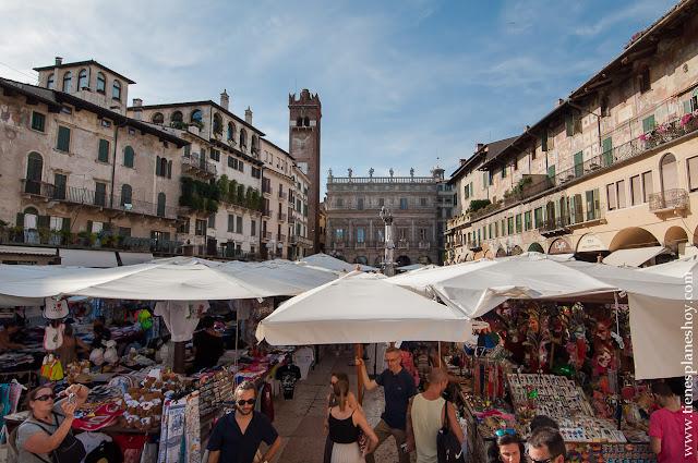 Verona visitar Piazza delle Erbe viaje Italia