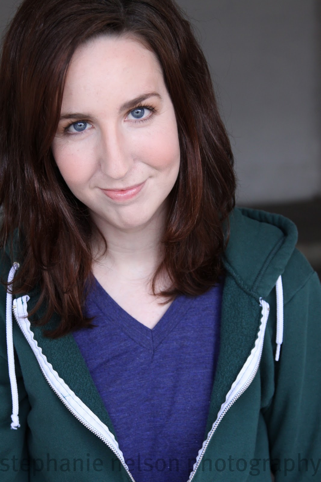 stephanie courtney no makeup