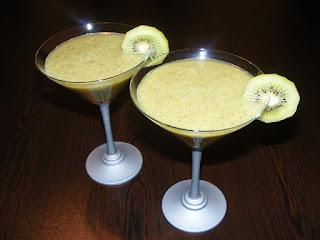 retete cocktail de fructe kiwi,