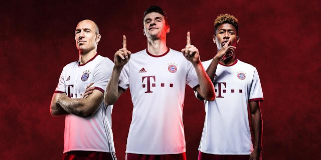 Bayern Munich 16-17 Third Kit
