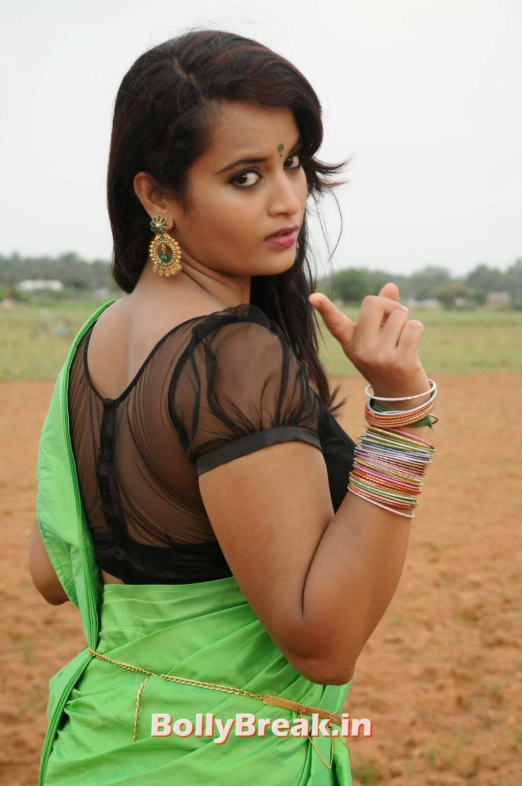 , Appuchi Gramam Actress Suja Varunee hot Photos in Saree