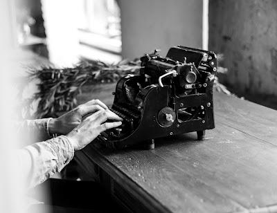 Curhatnya Penulis Karena Hidupnya