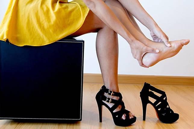 Awas! 5 Kebiasaan yang Sering Dilakukan Wanita untuk Tampak Fashionable Ini Bisa Merusak Kesehatan