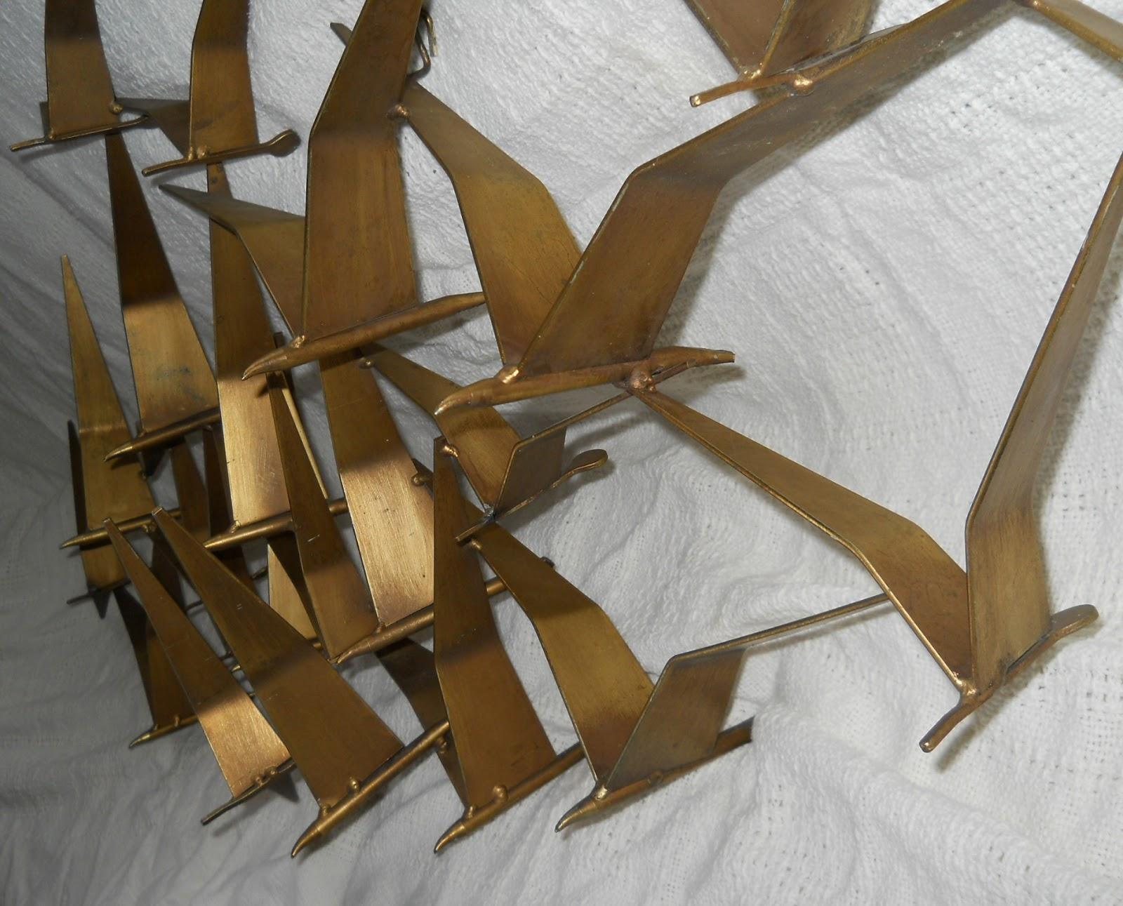 Lauragarnet Sculpture
