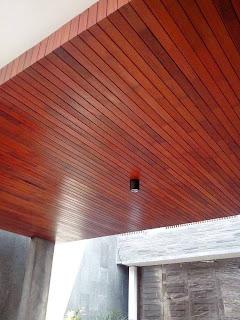plapon kayu lambersering dari bahan kayu momala