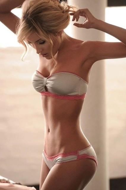 Skinny tits pics
