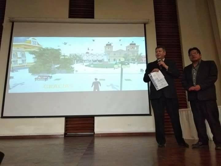 Grover Suntura en una de las exposiciones sobre las nuevas tecnologías / ALBERTO MEDRANO