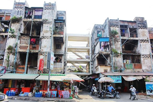 The White Building, Phnom Penh, Cambodia - travel blog