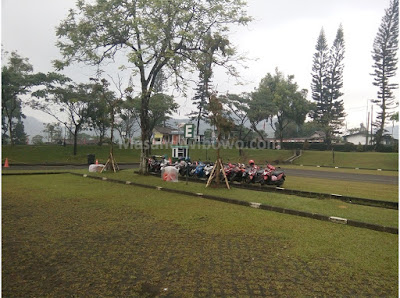 parkiranTaman Bunga Nusantara