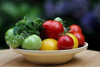 10 Makanan Ini Ternyata Berkhasiat Menjaga Kesehatan Kulit