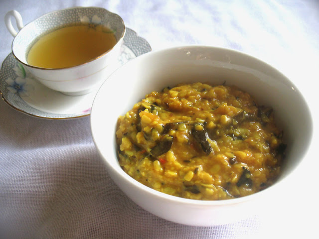Quick and Easy Lemon Urad Dal