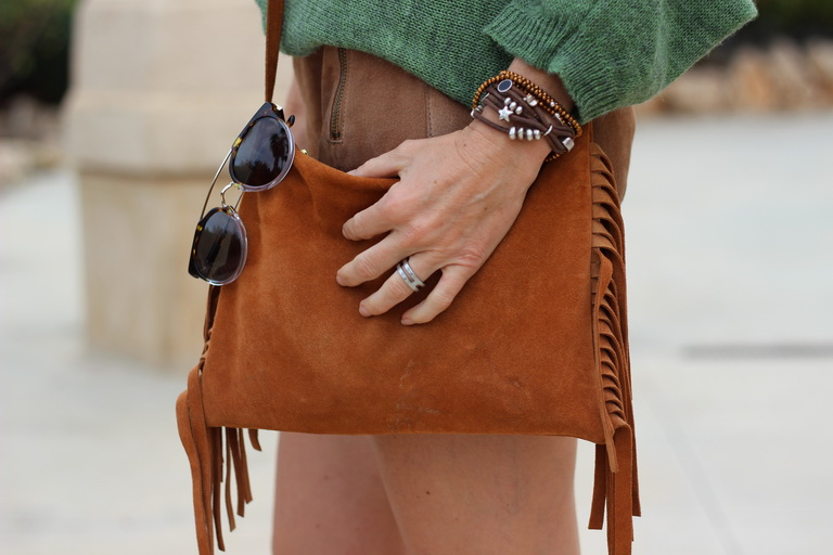 Tendencias 2016, bolso flecos, sandalias Buffalo London, fashion blogger, streetstyel 2016