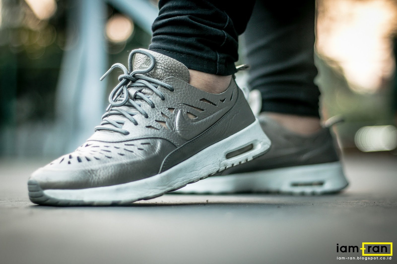a0d516e41b6d24 IAM-RAN  ON FEET   Bella - Nike Air Max Thea Cut Out