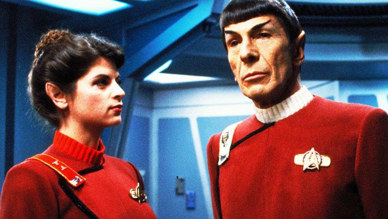 Kirstie Alley und Leonard Nimoy in STAR TREK II - DER ZORN DES KHAN (1982). Quelle: Paramount