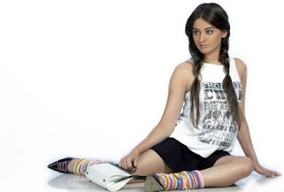 Mahi Vij Sitting On A Floor
