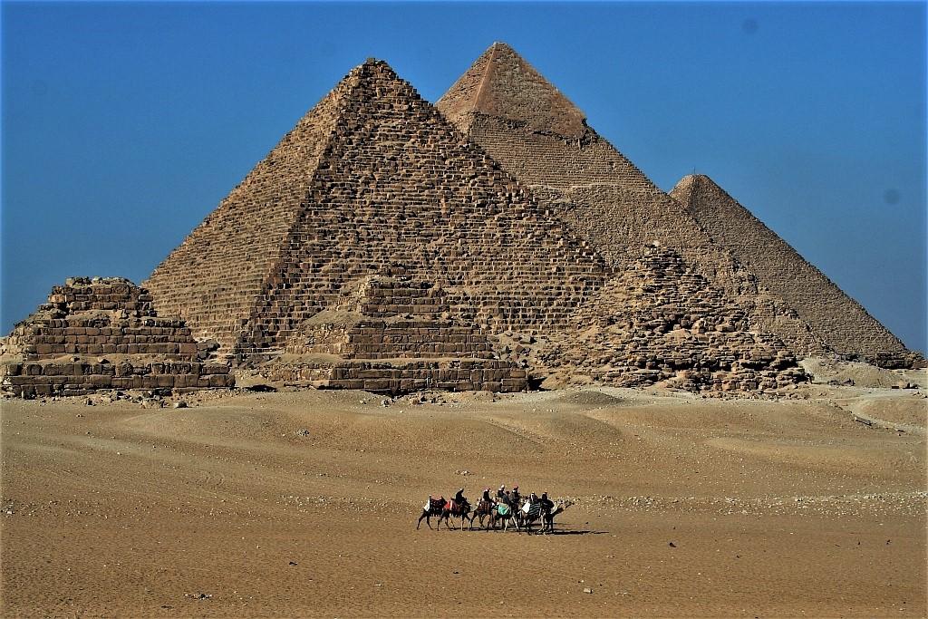 Tajemnica Sfinksa i starożytne piramidy.