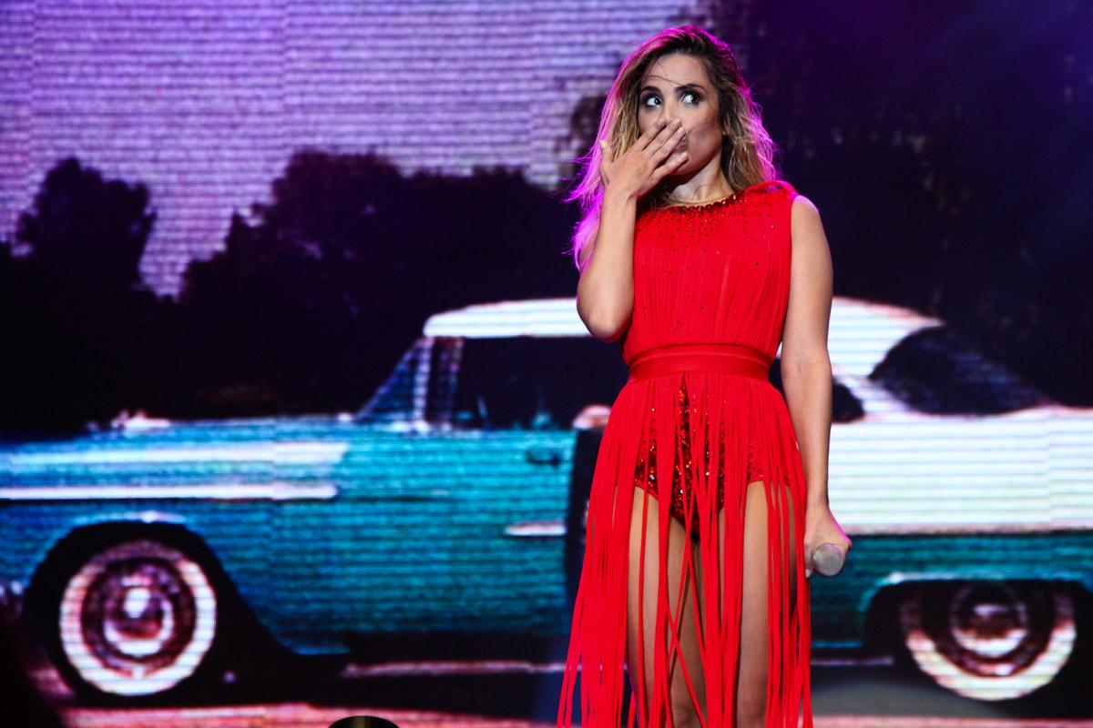 A cantora Wanessa estreou sua turnê nova no sábado (19 1), em São  Sebastião, litoral de São Paulo. O show gratuito atraiu mais de 50 mil  pessoas à Praça de ... 988e843a49