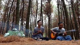 Lirik Lagu Puisi Alam - Fourtwnty