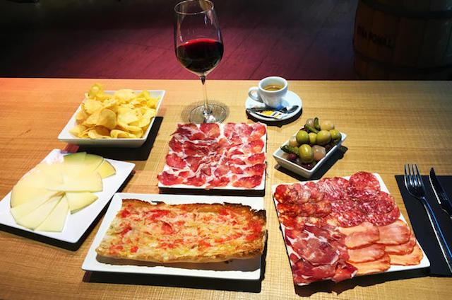 Jantar típico em Barcelona