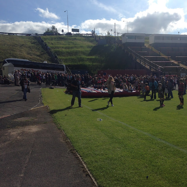 Bradford Bulls, Everlate, Band, Music, Blogging, Sunday Outings