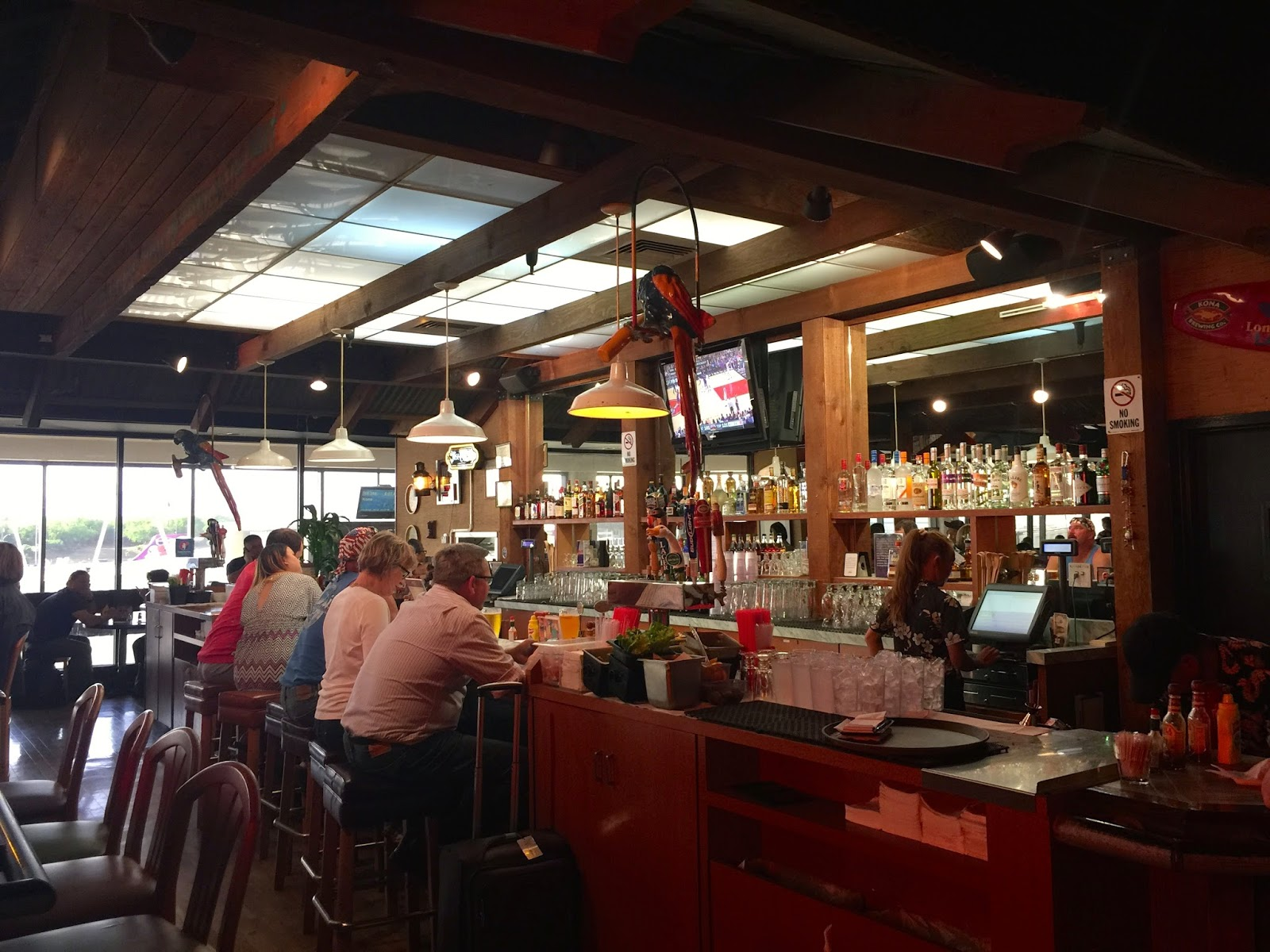 Taste of hawaii stinger ray 39 s tropical bar and grill - Restaurant bar and grill ...