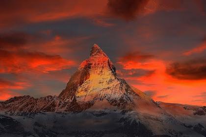 Inilah Ayat Alquran yang menjelaskan Gunung Sebagai Penstabil Bumi