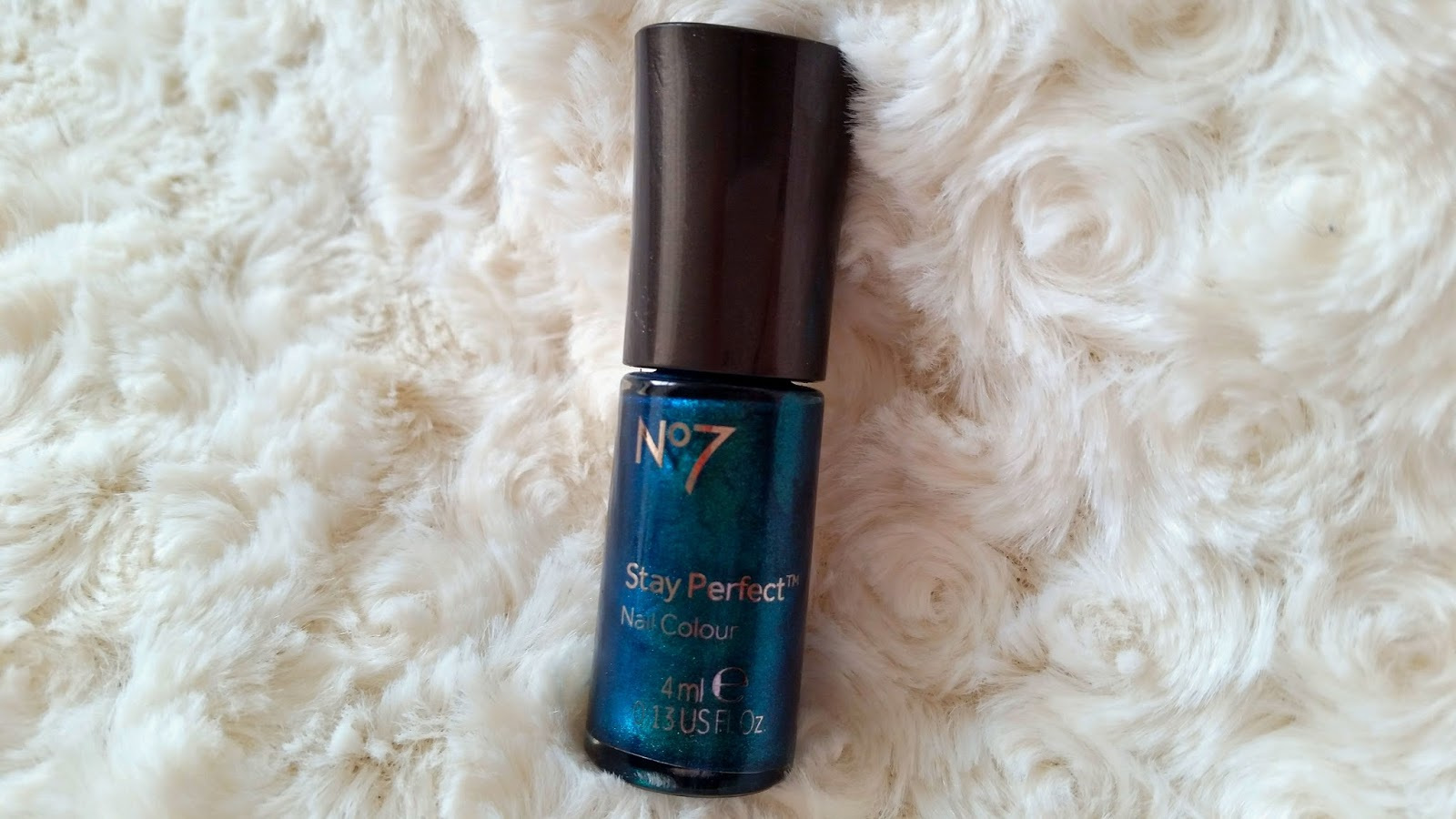 no7 dollar nail polish, emerald nail polish