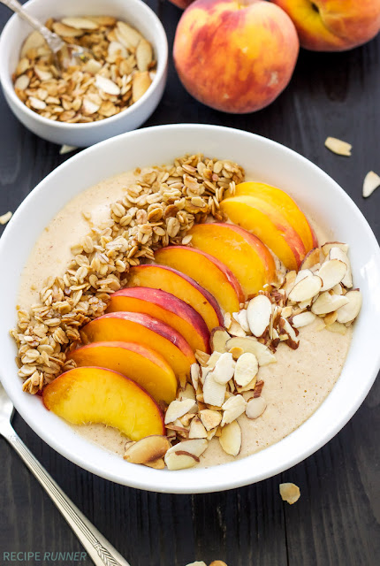Peach Pie Smoothie Bowl - Smoothie Bowl Basics - www.greysuede.com