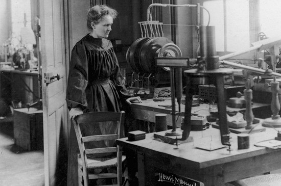 The notebook of Marie Curie that, even today, can kill you