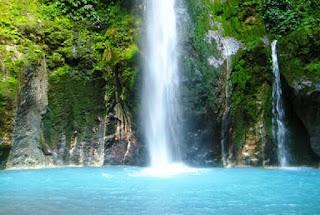 Air terjun sendang gile Lombok tampak dari dekat