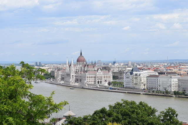 cool things to do in budapest hungary