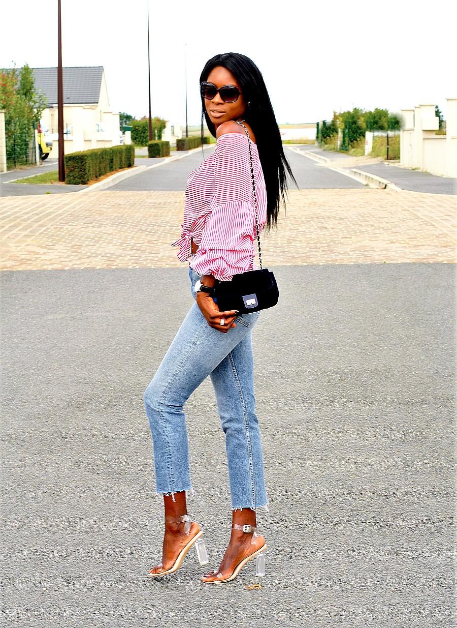 look-ete-tendance-jeans-top-rayures-epaules-nues