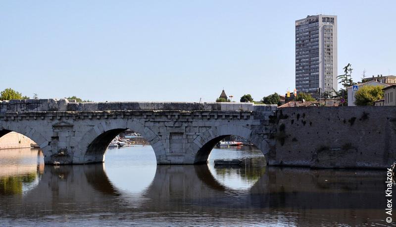 Мост Тиберия днём