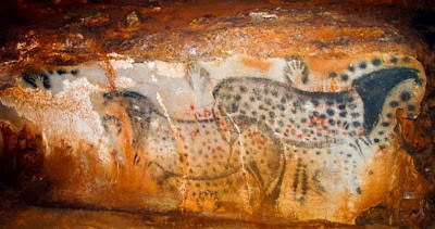 Prehistoric cave art drawn mostly by women says archaeologist
