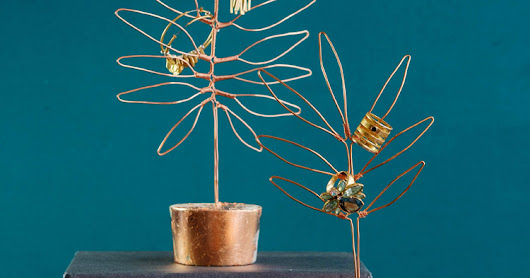 Make Wire Leaf Sculptures for Jewelry Display