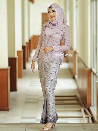 Ide Busana Kebaya Untuk Wanita Muslim Terbaru