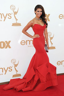 Nina Dobrev (Donna Karan Gown, Brian Atwood Shoes, Neil Lane Jewelry)