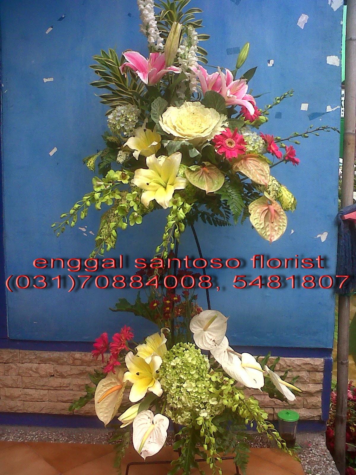 rangkaian karangan bunga pernikahan standing toko bunga sidoarjo florist