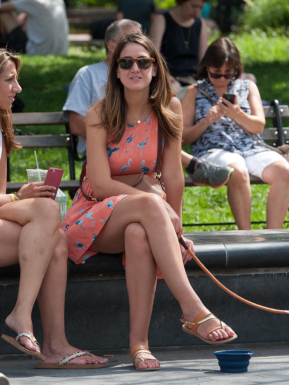 Mujeres bellas en lugares publicos   Mujeres bellas en la