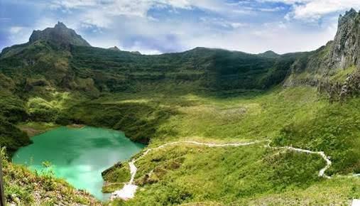 Wisata Alam Gunung Kelud Kediri